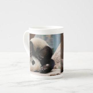 Xícara De Chá Pandas do bebê que jogam - panda bonito da panda