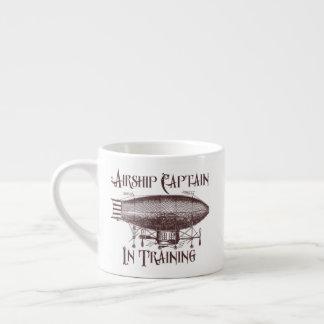 Xícara De Espresso Capitão do dirigível no treinamento, Steampunk