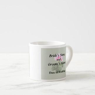 Xícara De Espresso Fontes vermelhas e cor-de-rosa do casamento do