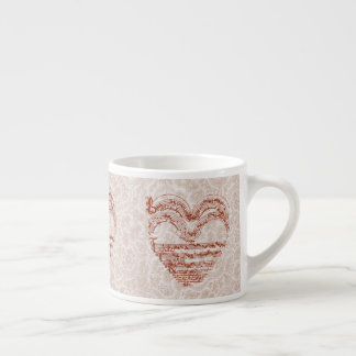 Xícara De Espresso Manuscrito medieval da música do coração vermelho