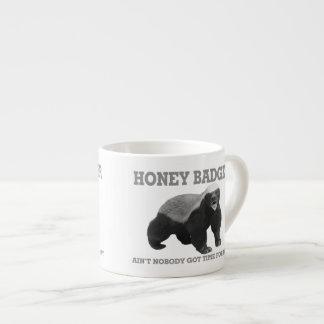 Xícara De Espresso O texugo de mel não é ninguém hora obtida para