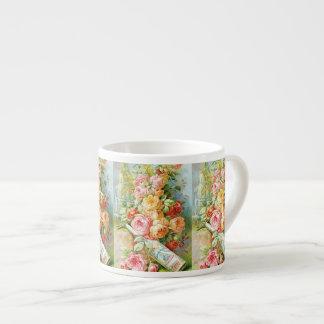 Xícara De Espresso Perfume da água de Florida com rosas da couve
