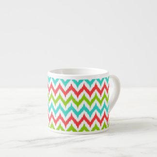Xícara De Espresso Ziguezague Ikat do branco, da turquesa, do verde e