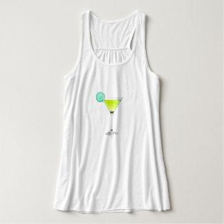 Yacht-Martini-Lime-Cocktail_Fun_Casual-Dress-Up Regata