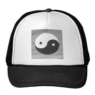 Yin Yang e design cinzento do símbolo Boné