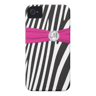 Zebra cor-de-rosa, preta, branca Monogrammed Capinha iPhone 4