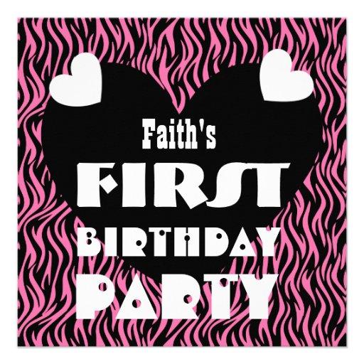 Zebra cor-de-rosa V03 dos primeiros corações de 1  Convite Personalizado