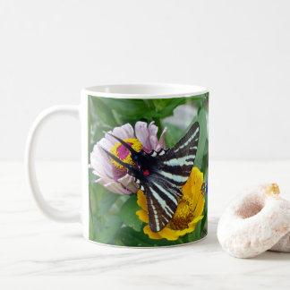 Zebra Swallowtail+Besouro japonês Caneca De Café