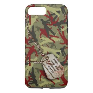 Zombi Camo com dog tags Capa iPhone 7 Plus