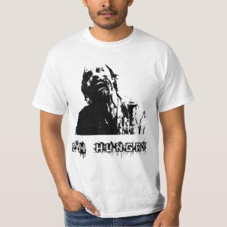 Zombi, morto de passeio, eu estou com fome camiseta